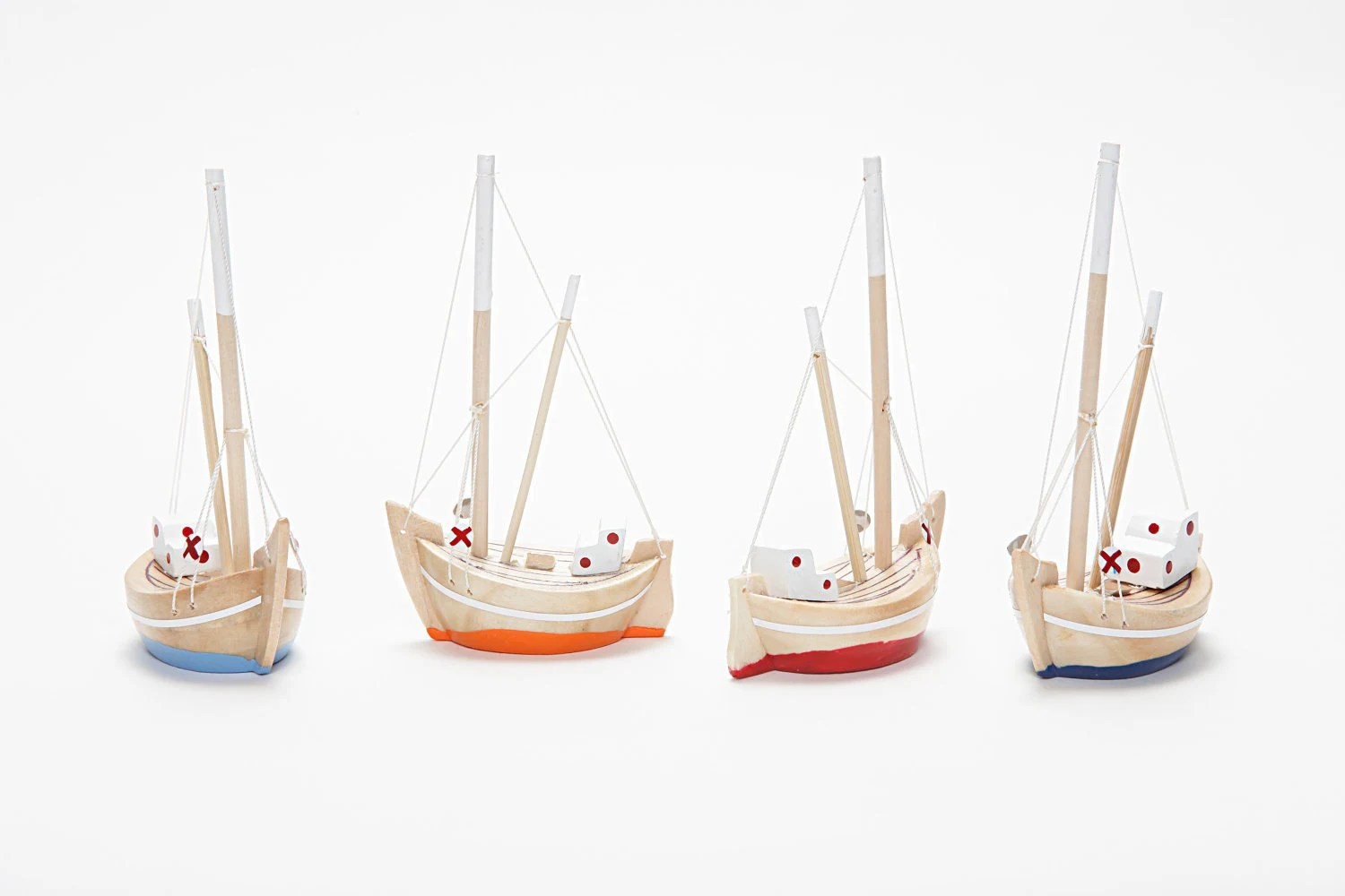 Free Shipping - Collection of  4 Wooden Boats