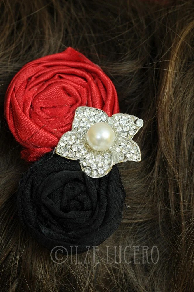 Beautiful rosette clip Red and black ... photo prop ... bidal accessory
