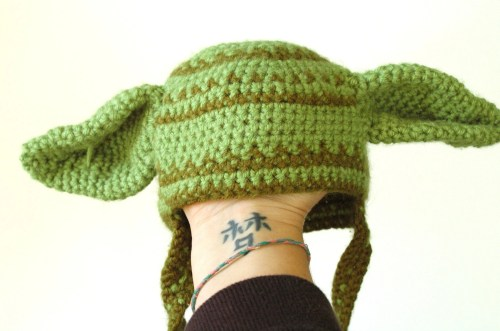 Adorable Yoda Hat from PrettyPeapods Etsy store