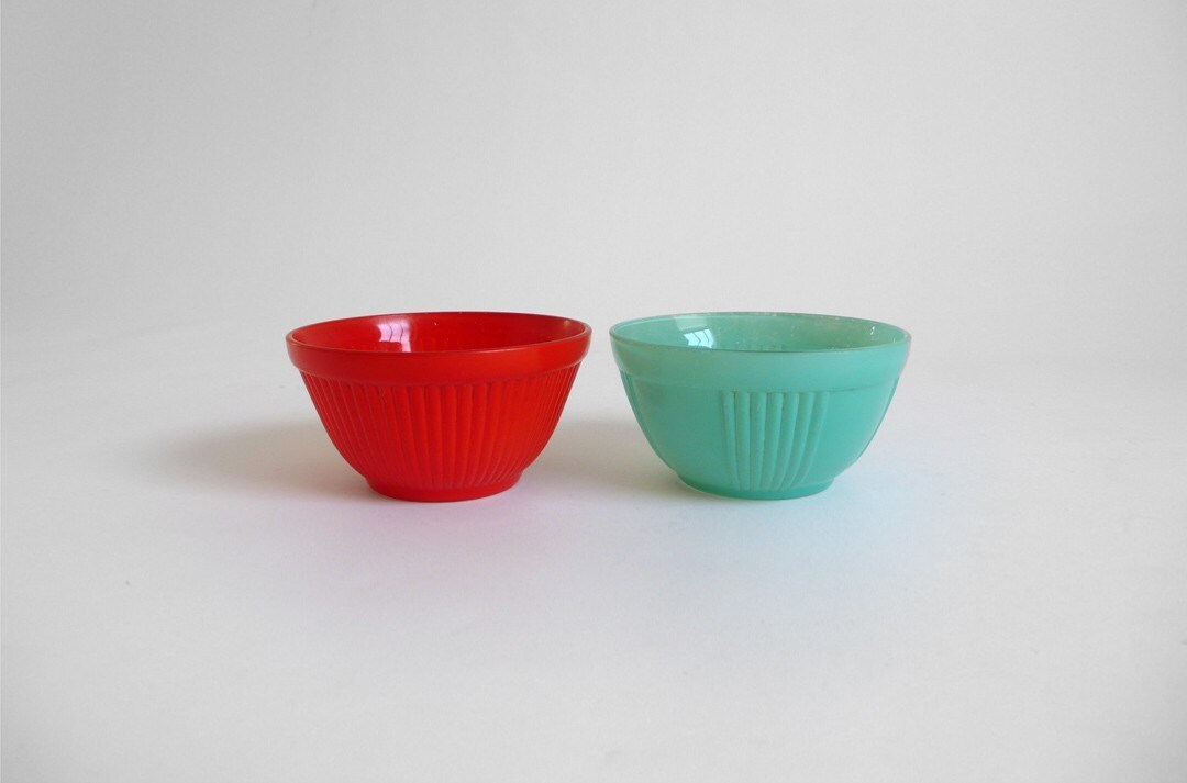 Vintage colourful glassware bowls