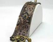 Hannah Rosner steampunk cuff bracelet bead pattern peyote stitch cog