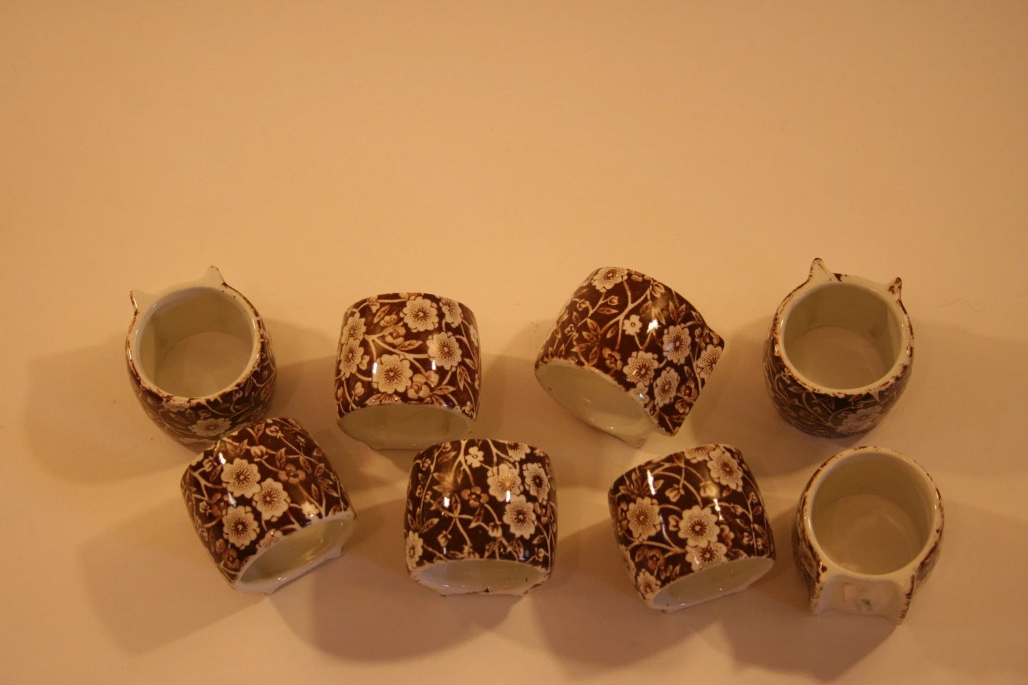 Set of 8 Antique Chintz Napkin Rings