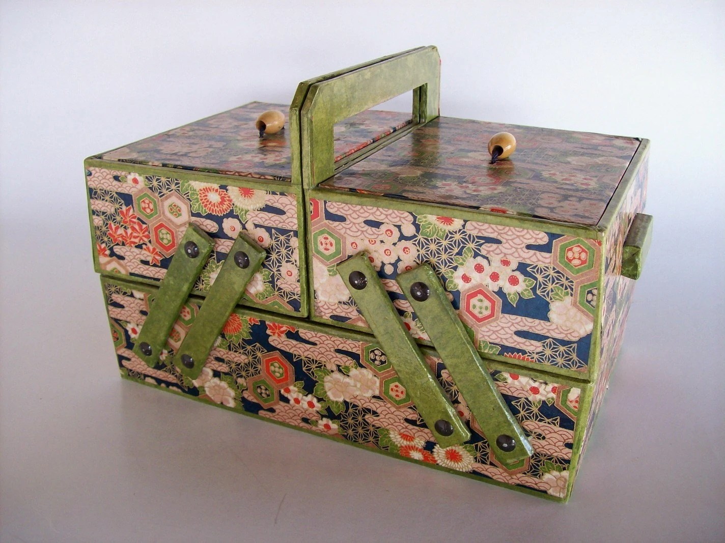 VINTAGE PAPER COVERED BOX