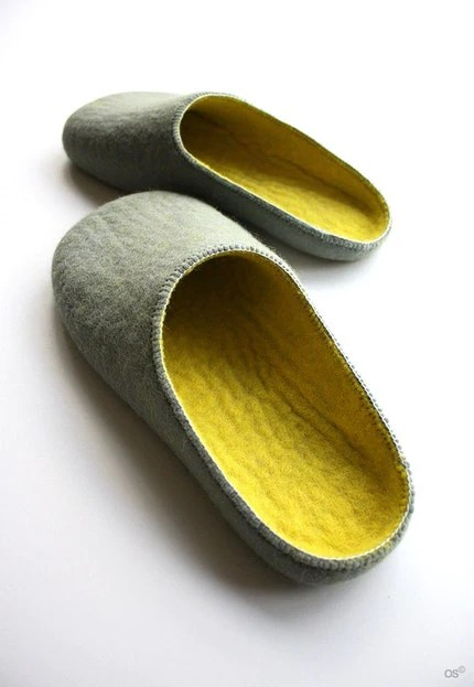 Egg / felted slippers Women's size US 8,5 Euro 39
