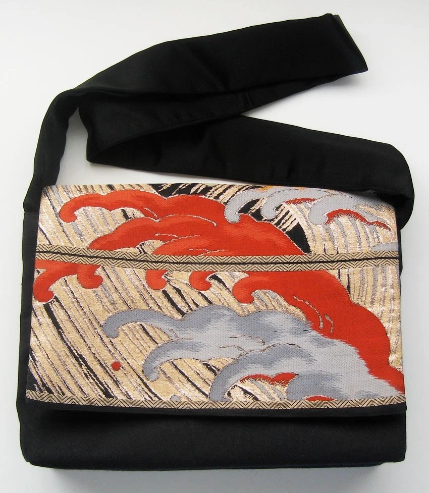 Cresting Waves obi messenger bag