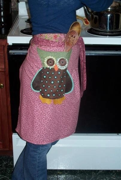OwL HaLf ApRon with WraP AroUnd FroNt TiEs OwL  PoCkeT VerY FuN