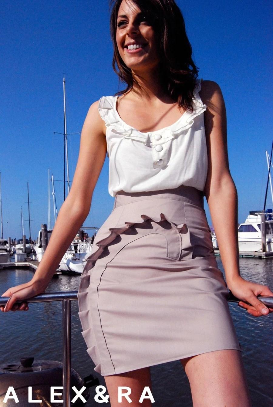 Seashell Pencil Skirt in Rose