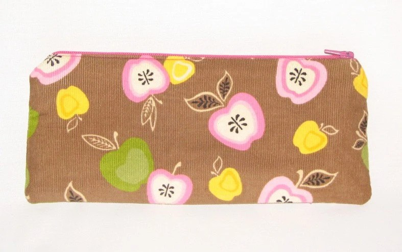 Apple Pencil Pouch in Corduroy