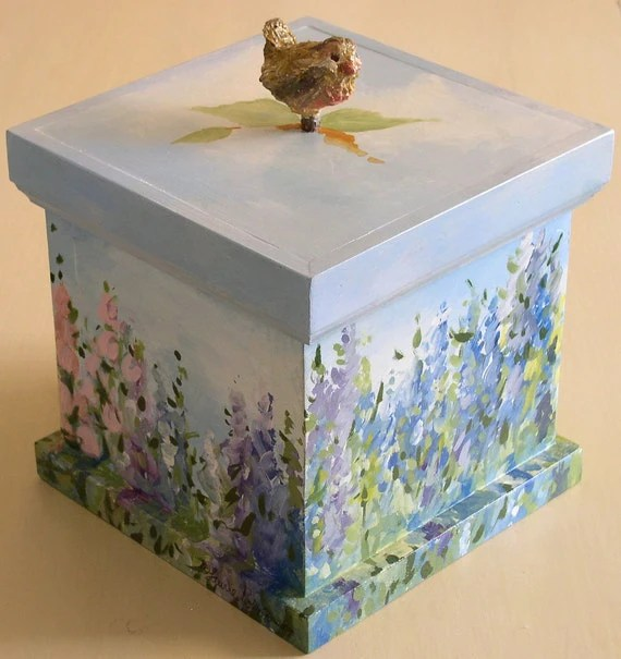 Handpainted Inspiration Box with sculpted bird and lift off lid
