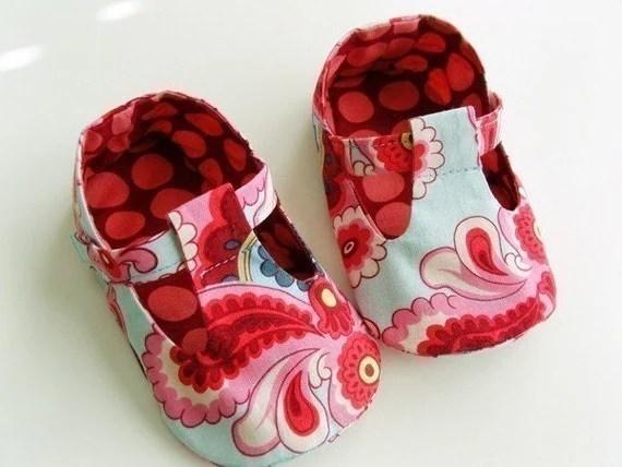 no 41 Baby T Strap Shoes PDF Pattern (0-18 months)