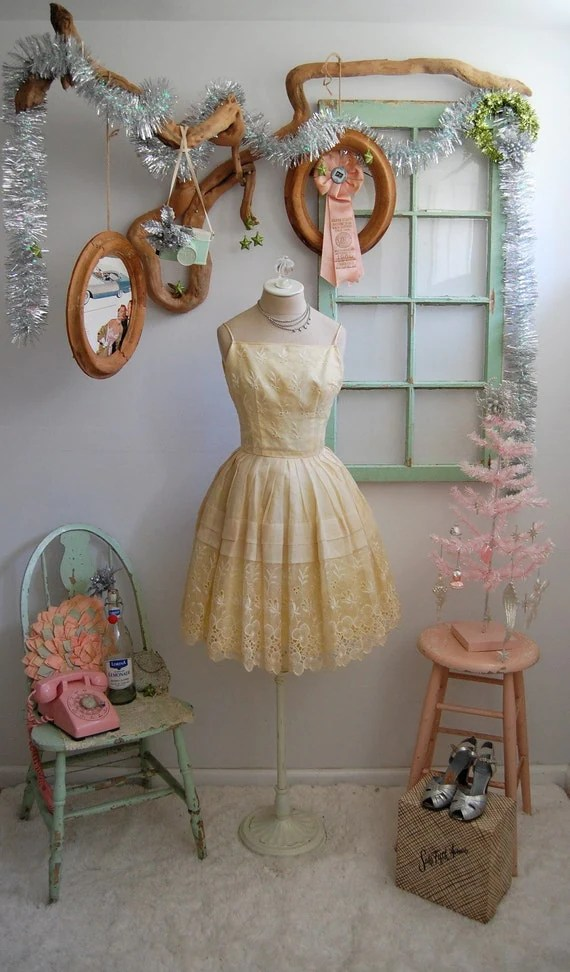 The Gracie- Vintage 1950s Buttercup Yellow Embroidered Full Skirt Tulle Cocktail Party Dress Size XS Small