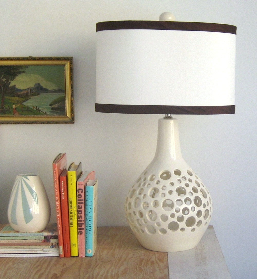 Swiss Lamp in White