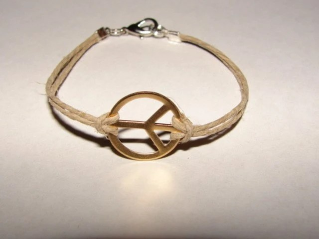 Promote Peace bracelet on hemp by bella chicks