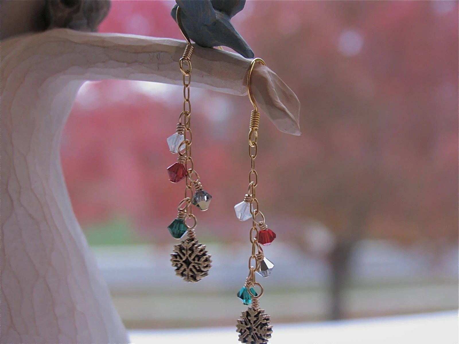 Snowflake Christmas Holiday earrings by NewelryJewelry