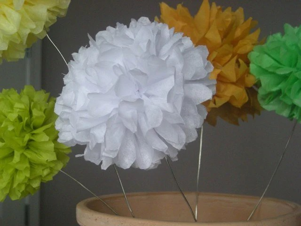 PomLove silver stem poms $25