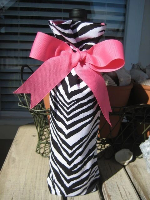 Zebra Wine Bottle Bag....Hostess Gift....Wedding Favor....Bachelorette Party Favor....