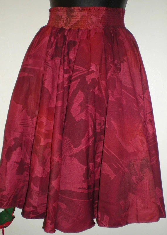 Red Floral Highwaisted Skirt