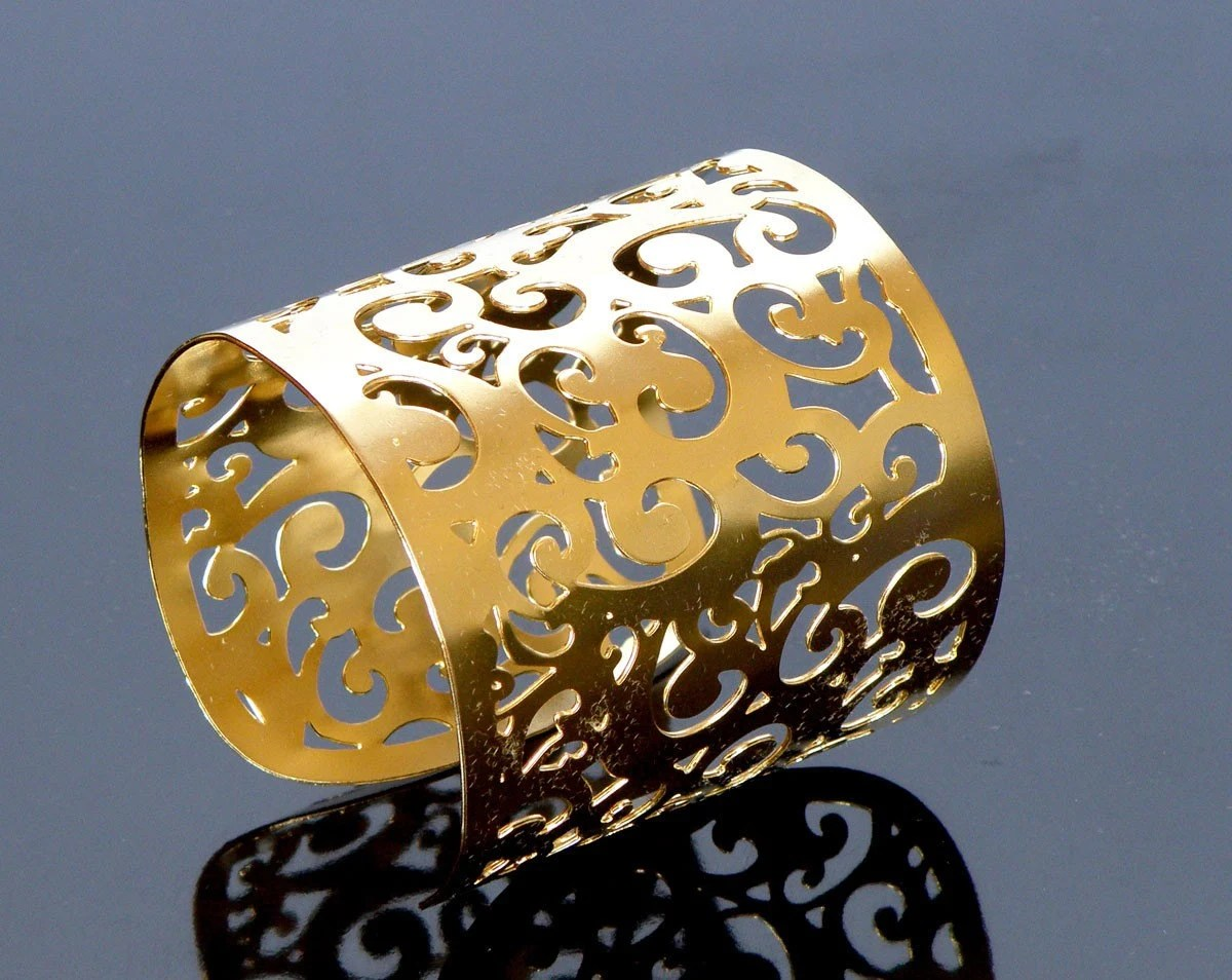 silver Plated twisted lace Patterned large Cuff