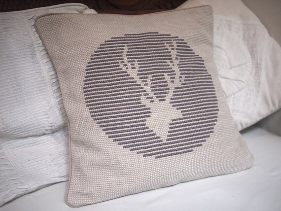Cross stitch 'Striped Stag' Pillow Cover