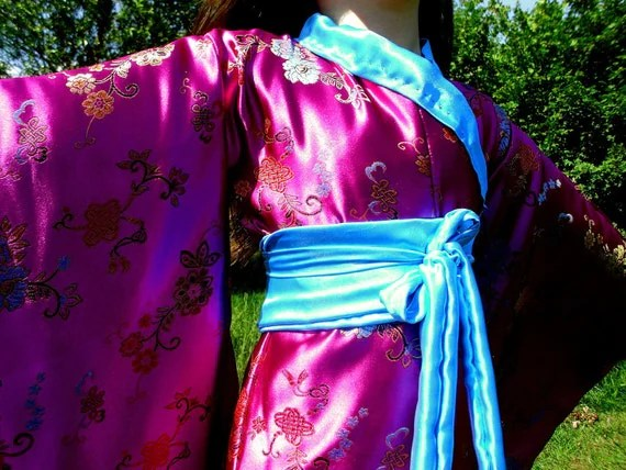 Geisha's Costume Kimono Complete with Obi (Short / Child's Size)