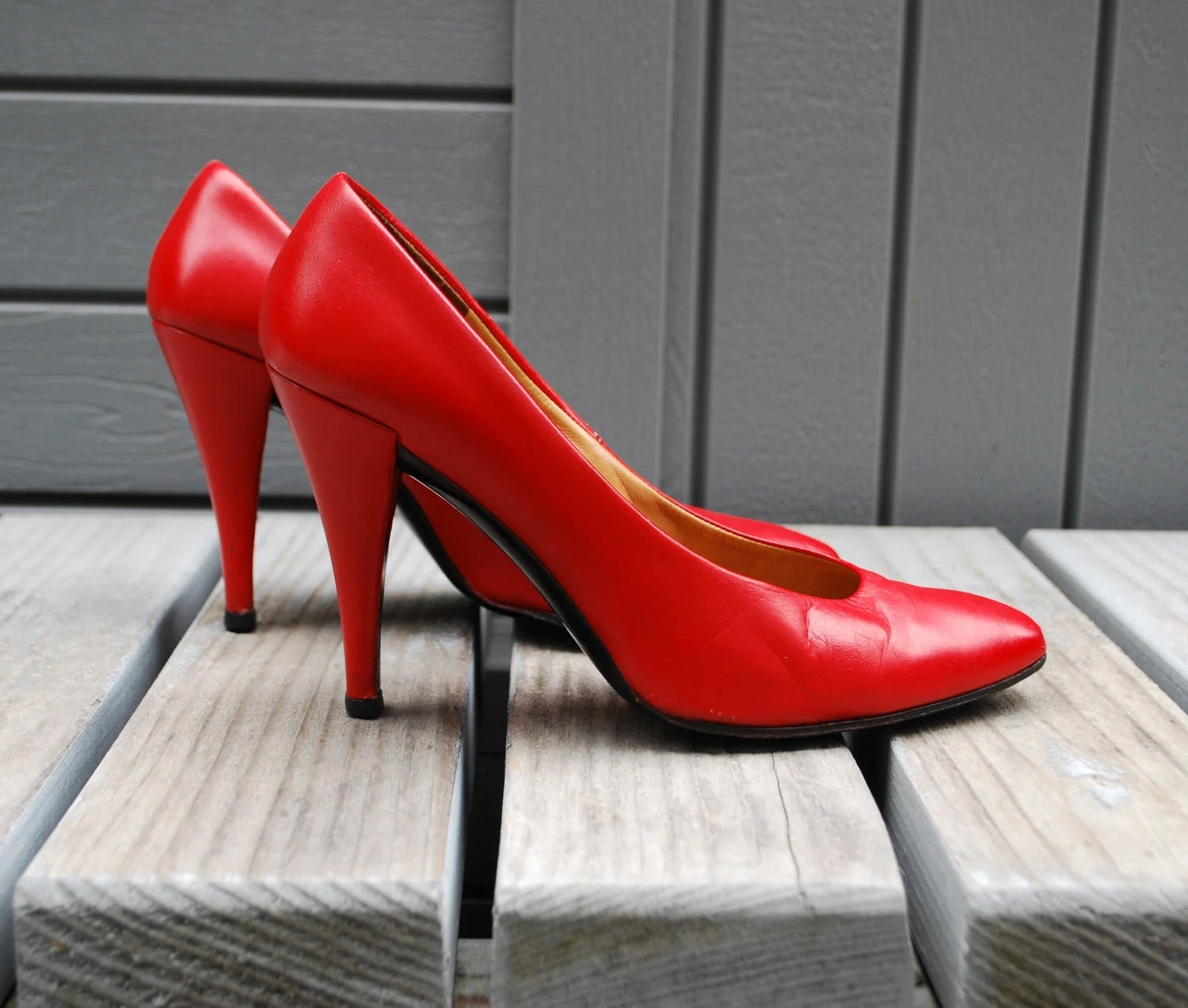 Vintage 1980s Charles Jourdan Red Hot Stiletto Pumps, Made in France  Euro  36     US  6