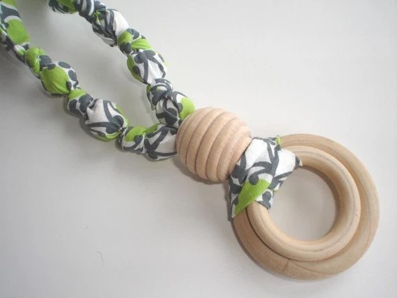 Organic Cotton and All NATURAL Maple Wood Teething Necklace for Mom and Baby in GREEN CHAIN