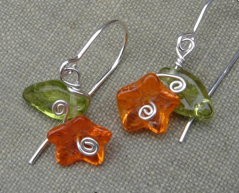 Happy Little Orange Flower and Leaves Earrings