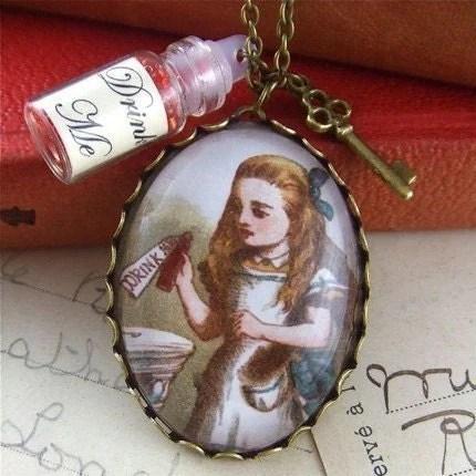 alice in wonderland jewellery, pendant locket necklace drink me