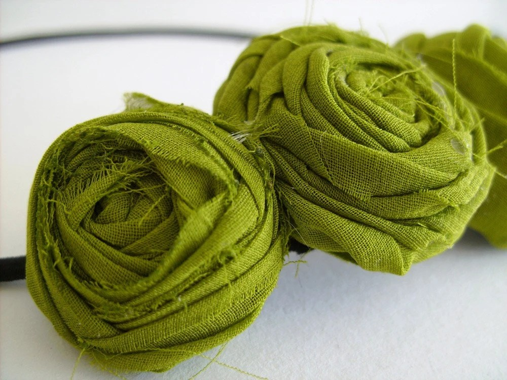 green flower headband