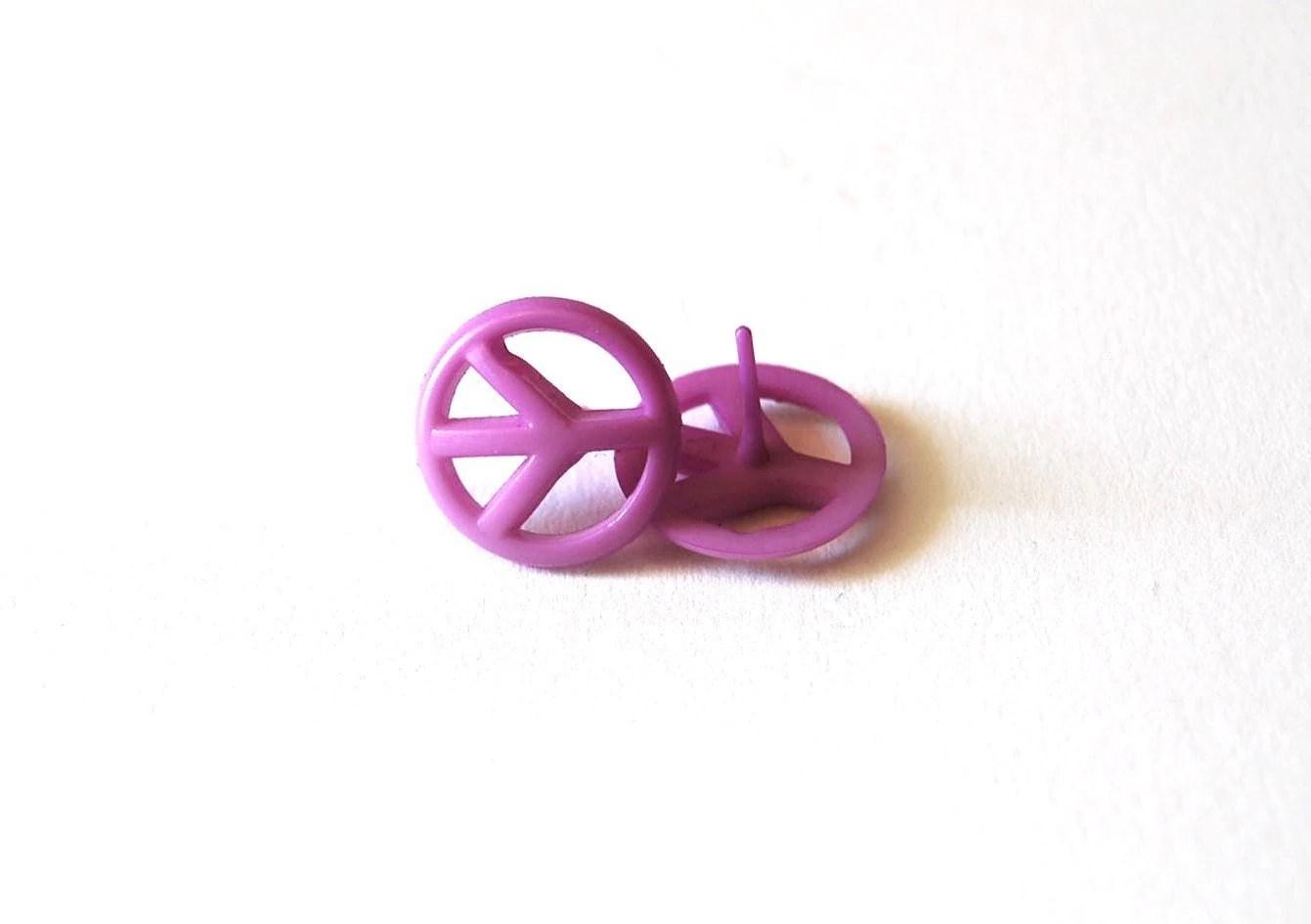 Lavander Peace Sign Earrings for Sensitive Ears from pink dotties