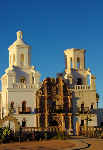san-xavier-del-bac-front-in-late-light1