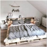 43 Cozy Minimalist Bedroom Decorating Ideas With Special Look That Reflects Your Personal Taste