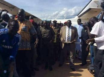 Gen. Malong Awan, former CoGS, secorted after landing on JIA from Yirol (Photo/supplied).