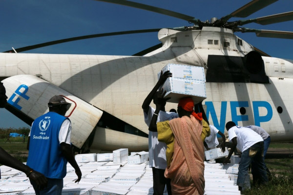 A WFP-operated helicopter in South Sudan. (Photo: WFP/George Fominyen)
