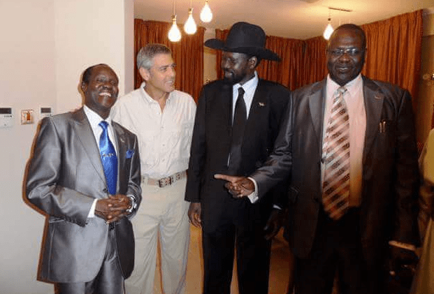 Movie star and rights activist, George Clooney in discussion with South Sudan's leader President Salva Kiir, Dr. Riek Machar and second Vice President Hon. James Wani Igga(File: past photos)