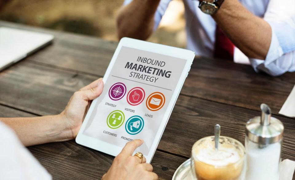 mettre e place votre stratégie de marketing et de communication