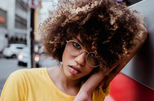 les sillicones ne seraient pas les ennemis de nos cheveux, analysons les