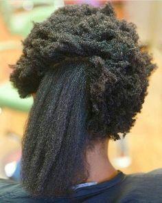 étirer ses cheveux pour enlever les noeuds