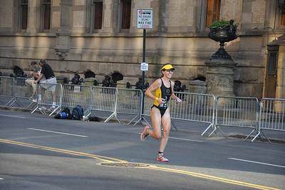 the women's winner - good sense of color in yellow;)