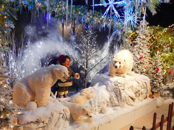 Christmas in New York Holidays Display NYC 11