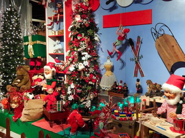 Christmas in New York Holidays Display NYC 12