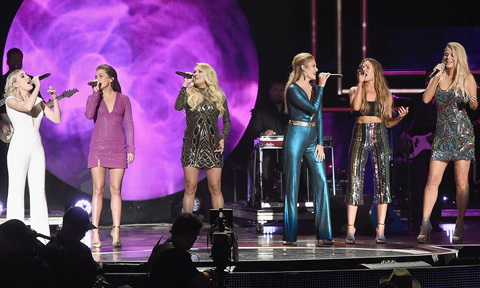 Carrie Underwood, Runaway June and Maddie & Tae at CMT Artists of the Year ceremony. Photo by Rick Diamond / Getty Images via CMT.com
