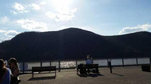 Hudson River Crest 3