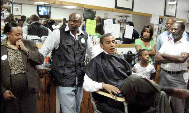 obama-in-barbershop