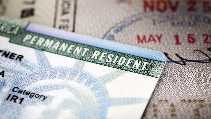ABD'de Green Card Almanın Yolları Nelerdir?
