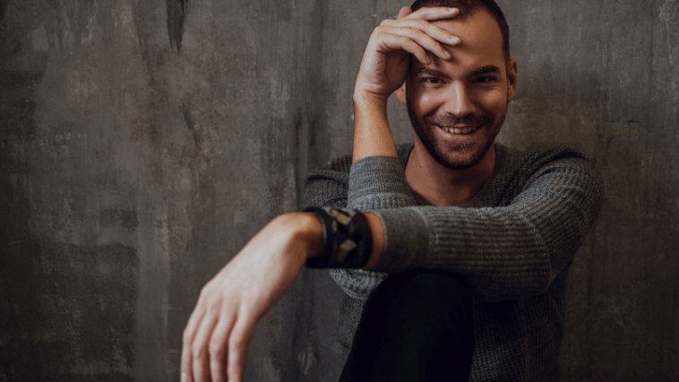 A Dal 2019 - Petruska - Help Me Out of Here (Ki ment ki?)