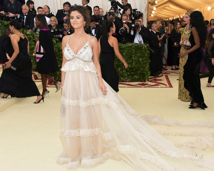 Selena Gomez wore Tiffany diamond and colored gemstone jewelry to the 2018 Met Gala