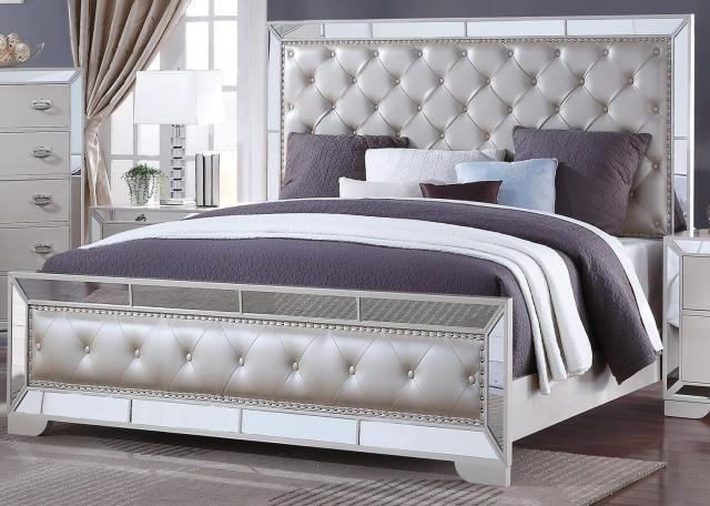 White Finish Wood King Bedroom Set 6Pcs w/Chest ...