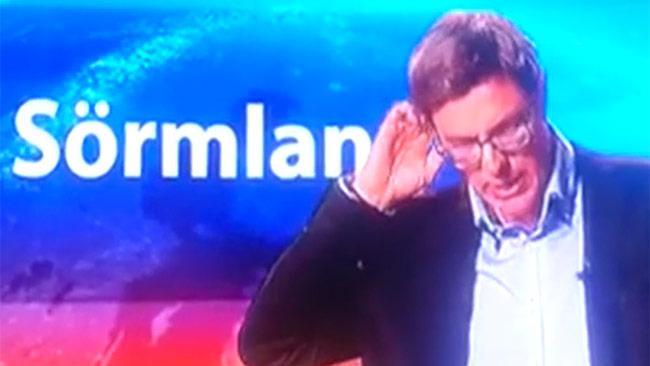 Nyhetsankaret Fredrik Ahl värmde upp med en värdegrunds-timeout. Foto: Faksimil / Expressens video