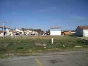 Terrain avant la construction de maison à Bordeaux